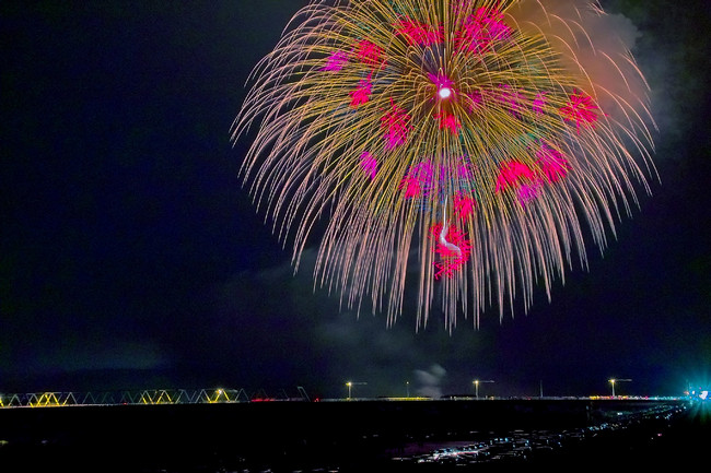 【お盆特集】思い出の花火写真でスライドショーを作成する方法をご紹介!
